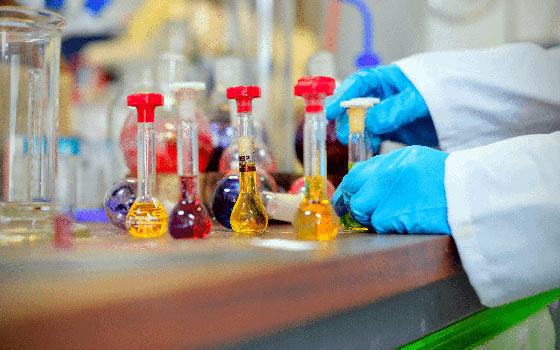 Curso online de PRL en Empresas Químicas y Primeros Auxilios